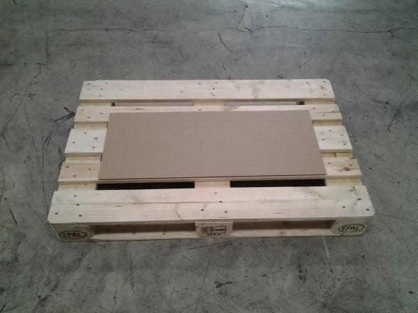 Format 900 x 374 mm W2