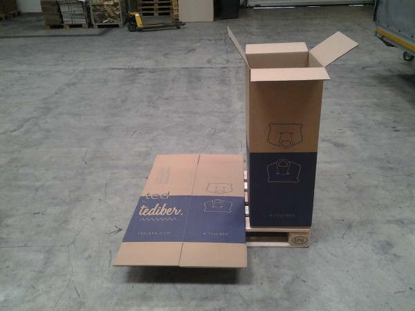 Faltkarton 384 x 384 x 1036 mm W2